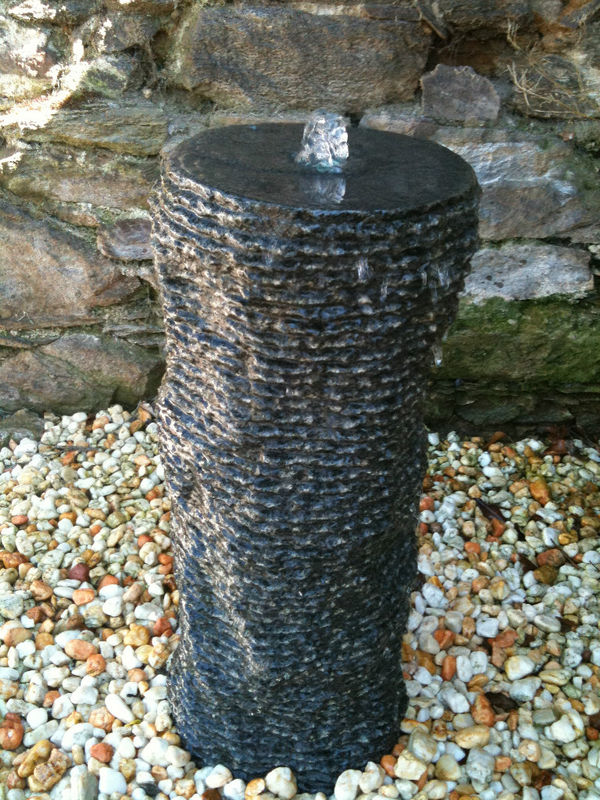 wasserspiel set quellstein granit s ule 77 zierbrunnen. Black Bedroom Furniture Sets. Home Design Ideas