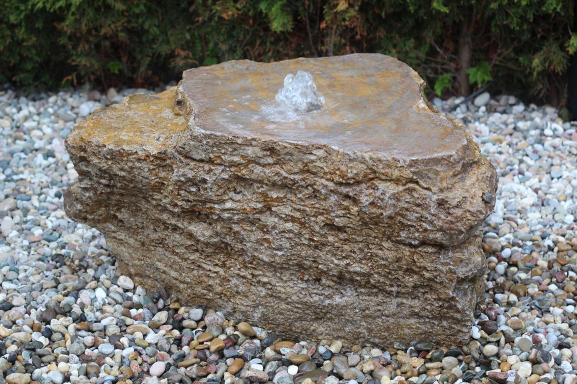 plug mit stein