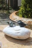 Bronzefigur Vogel Paar auf Naturstein Bronze Skulptur Rottenecker
