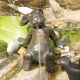 Bronzefigur Hase Emil Gartenfigur aus Bronze von Rottenecker Ostern Dekoration