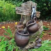 Min Zapfstelle 55cm Wasserspiel Polystone Brunnen Holzoptik inkl. Pumpe und LED