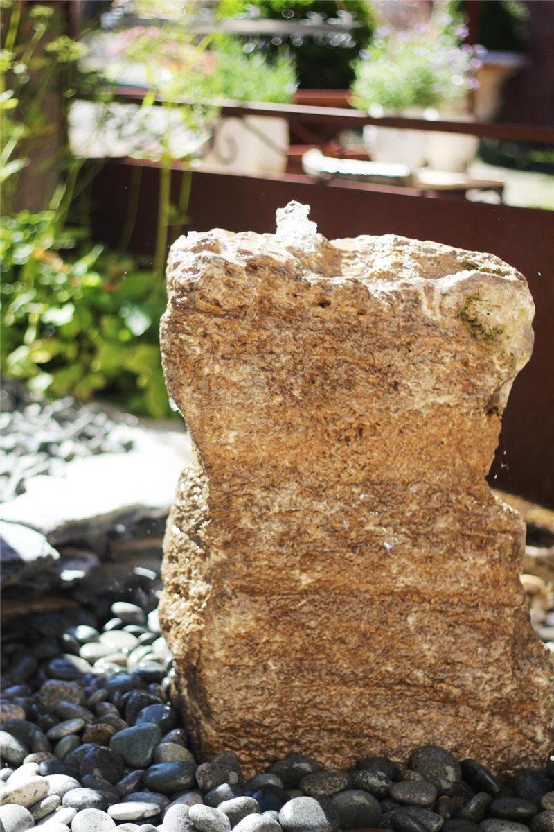 wasserspiel set quellstein muschelkalk 65cm gartenbrunnen. Black Bedroom Furniture Sets. Home Design Ideas