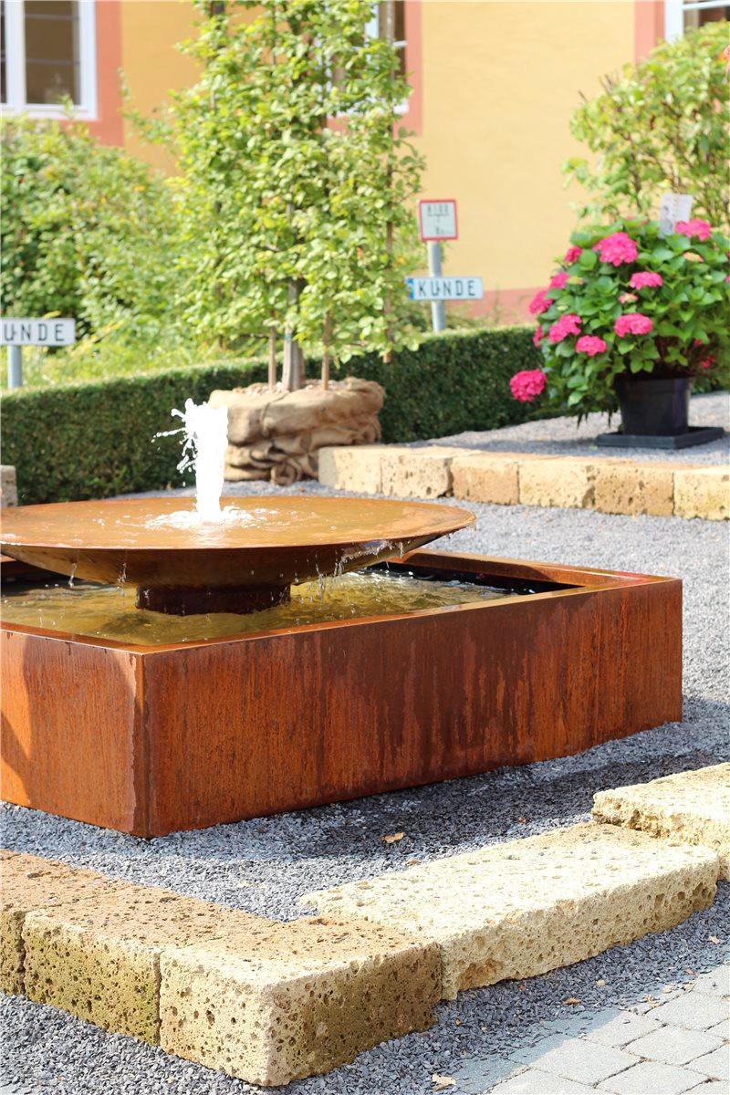 cortenstahl wasserschale 120cm mit font ne gartenbrunnen edelrost 86487. Black Bedroom Furniture Sets. Home Design Ideas