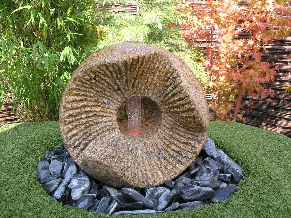 Wasserspiel set dong kugel 40cm granit gartenbrunnen inkl led beleuchtung 86193 for Gartenbrunnen kugel