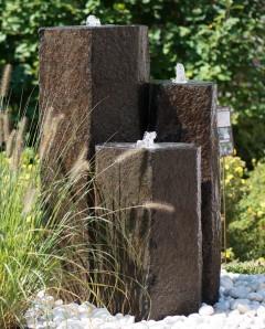 Wasserspiel SET Quellstein 3er Säulen Basalt 100 Gartenbrunnen Zierbrunnen