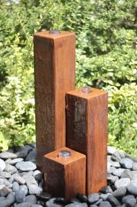 Wasserspiel SET Cortenstahl 3er Säulen 10x10x20/40/60 Springbrunnen Edelrost Design