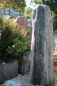 Wasserspiel kpl.SET: Quellstein Gneis inkl. Pumpe | Becken Zierbrunnen