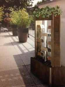Zimmerbrunnen Orchis Multicolore LEX | Feng Shui Brunnen Wasserwand doppelseitig
