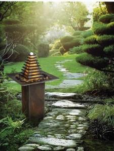 Zimmerbrunnen Pyramide 100 Feng Shui Schiefer Quarz Brunnen inkl. Beleuchtung