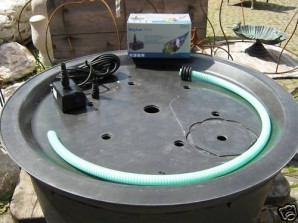 PE Becken mit GFK Deckel Ø90x35 | Pumpe Oase Aquarius Universal 1500