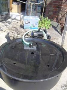 PE Becken mit GFK Deckel Ø112x35   Pumpe Oase Aquarius Universal Eco 4000   Schlauch
