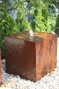 Wasserspiel SET Cortenstahl Würfel 60 Gartenbrunnen Edelrost Design