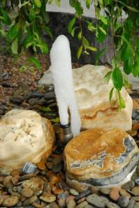 Wasserspiel kpl. SET: Springbrunnen Oase Schaumsprudler inkl. Pumpe | Becken