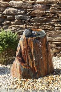 Wasserspiel SET Quellstein Schiefer 80cm Gartenbrunnen inkl. Pumpe Becken