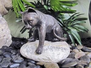 Bronzefigur Katze spielend 20   Bronze Skulptur Gartenfigur