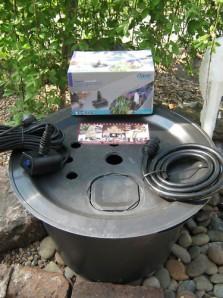 PE Becken mit GFK Deckel Ø60cm | Pumpe Oase Aquarius Universal 600 | LED