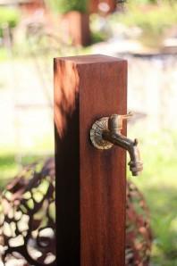Zapfstelle Cordon 100 inkl. Wasserhahn 100 Cortenstahl Wasserzapfstelle für Garten