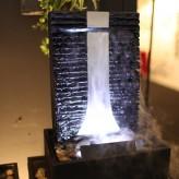 AUSSTELLUNGSSTÜCK! Zimmerbrunnen Flamme 46 Wasserwand Edelstahl Schiefer Brunnen inkl. Beleuchtung