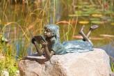 Bronzefigur Mädchen Lara die Leseratte L73cm | Gartenfigur aus Bronze für Heim und Garten