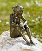 Bronzefigur Mädchen Carina 25 cm Gartenfigur Bronze Skulptur Rottenecker
