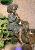 Gartenfigur Flötenspieler 55cm Wasserspeier Polystone inkl. Pumpe