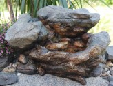 Zimmerbrunnen Bachlauf Ling | Brunnen aus Polystone inkl. Pumpe und LED