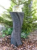 Wasserspiel SET Quellstein Säule Jilan 65cm Granit Gartenbrunnen inkl. Pumpe