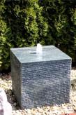 Wasserspiel SET Quellstein Würfel 30cm Granit Gartenbrunnen Springbrunnen