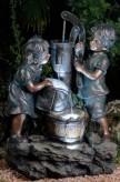 Zierbrunnen Mia und Maxi 70 cm Polystone Gartenbrunnen inkl. Pumpe und LED