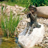 Wasserspeier Flötenspieler Toni 32cm Bronze Gartenfigur Teichfigur Rottenecker