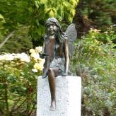 Bronzefigur Fee Elfi sitzend 36cm Gartenfigur Bronze Skulptur Rottenecker