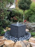 Wasserspiel SET Quellstein Würfel 50cm Granit Gartenbrunnen Springbrunnen