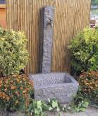 Zapfstelle für Garten Bavarian Granit anthrazit inkl. Messing Wasserhahn | Gartenbrunnen