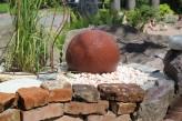 Wasserspiel kpl.SET: Quellstein Sandstein Kugel 30 inkl. Pumpe Becken | Springbrunnen